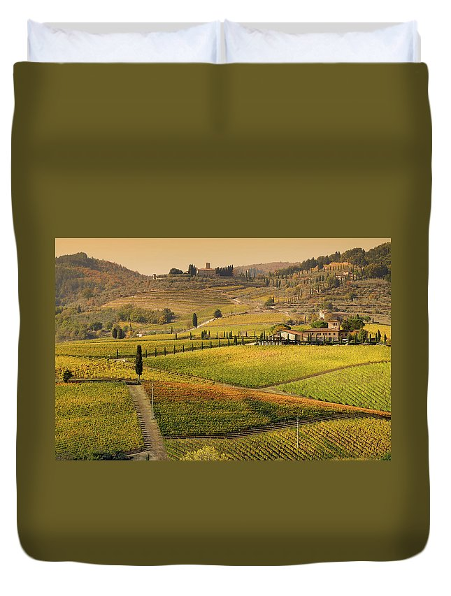 Scenics Duvet Cover featuring the photograph Tuscany Farmhouse And Vineyard In Fall by Lisa-blue