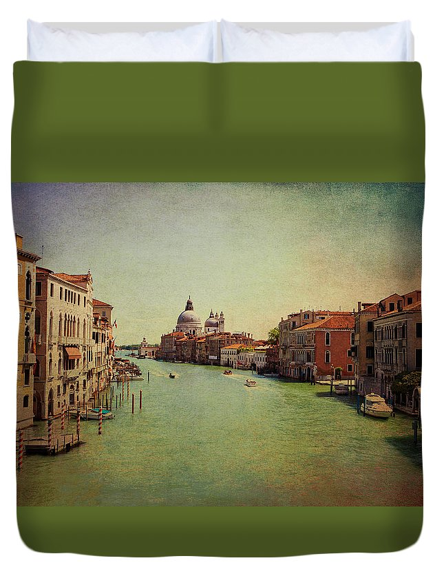 View Duvet Cover featuring the photograph Venice, Italy - Grand Canal And The Baroque Domes Of Sai by Luisa Vallon Fumi