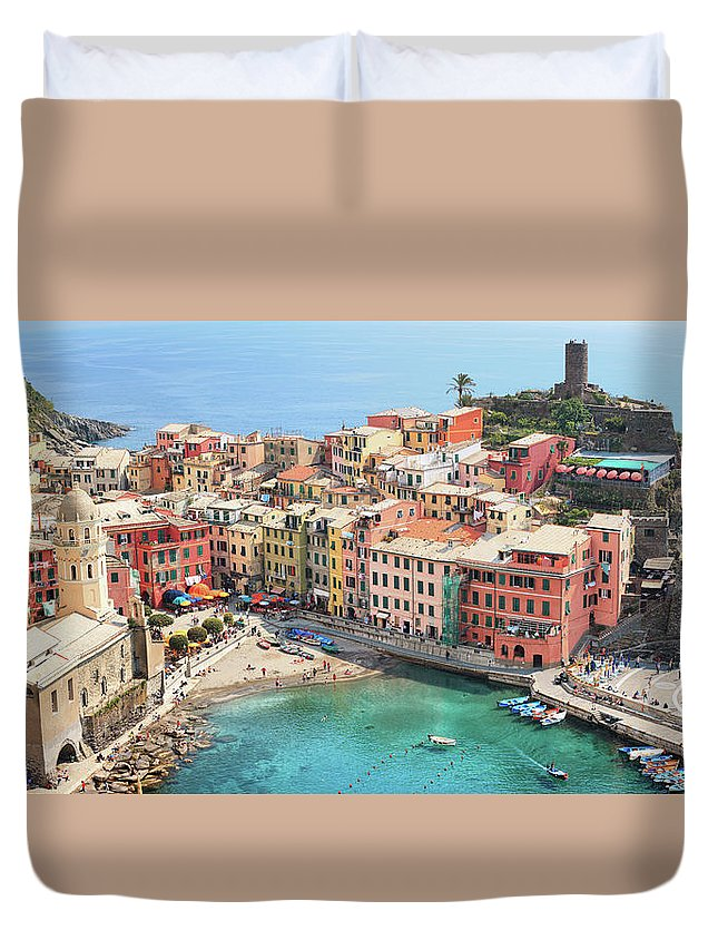 Water's Edge Duvet Cover featuring the photograph Vernazza by Borchee