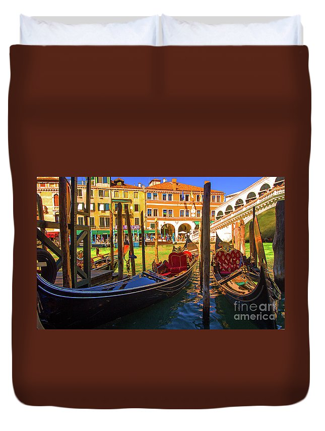 Boats Duvet Cover featuring the photograph Visions Of Venice by Kris Hiemstra