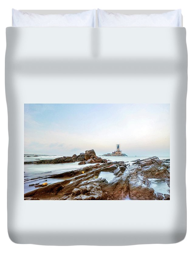 Statue Duvet Cover featuring the photograph Vivekanandar Rock & Thiruvalluvar by Yesmk Photography