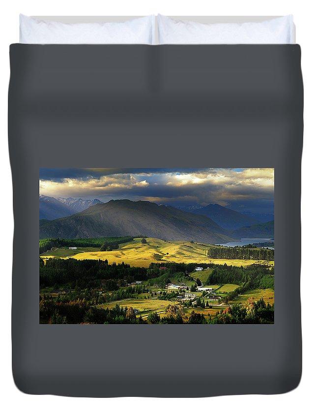 Scenics Duvet Cover featuring the photograph Wanaka, New Zealand by Atomiczen