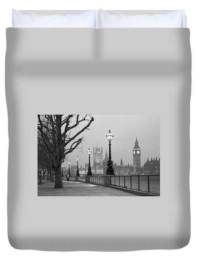 Scenics Duvet Cover featuring the photograph Westminster At Dawn, London by Gp232