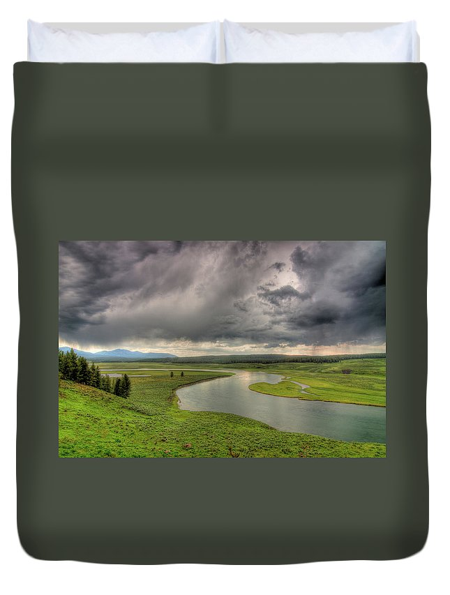 Scenics Duvet Cover featuring the photograph Yellowstone River In Hayden Valley by Kevin A Scherer