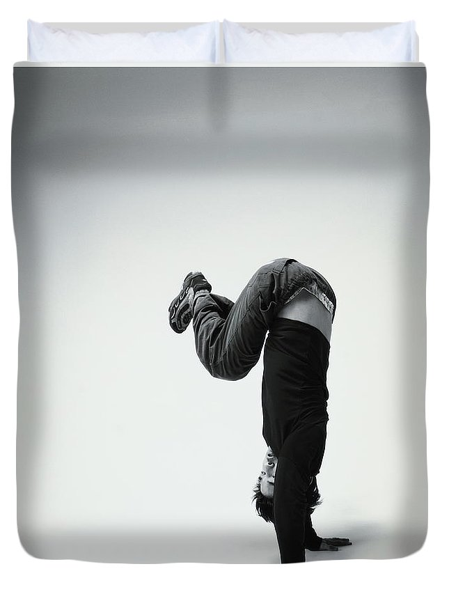 Youth Culture Duvet Cover featuring the photograph Young Man Breakdancing B&w by Karen Moskowitz