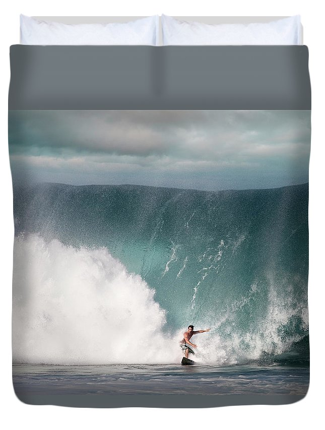 Human Arm Duvet Cover featuring the photograph Young Man Surfing On Wave by Ed Freeman