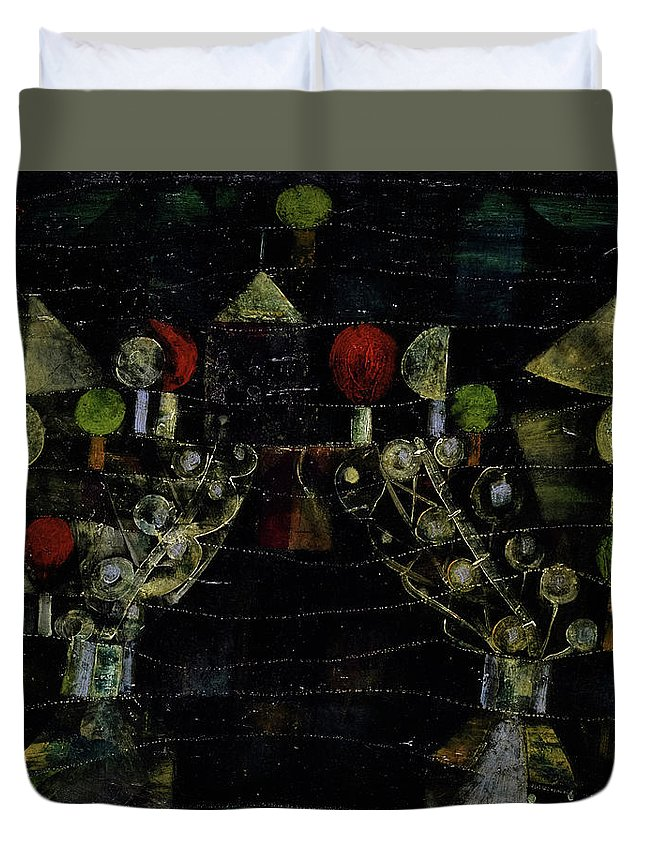 Paul Klee Duvet Cover featuring the painting Women's Pavilion by Paul Klee
