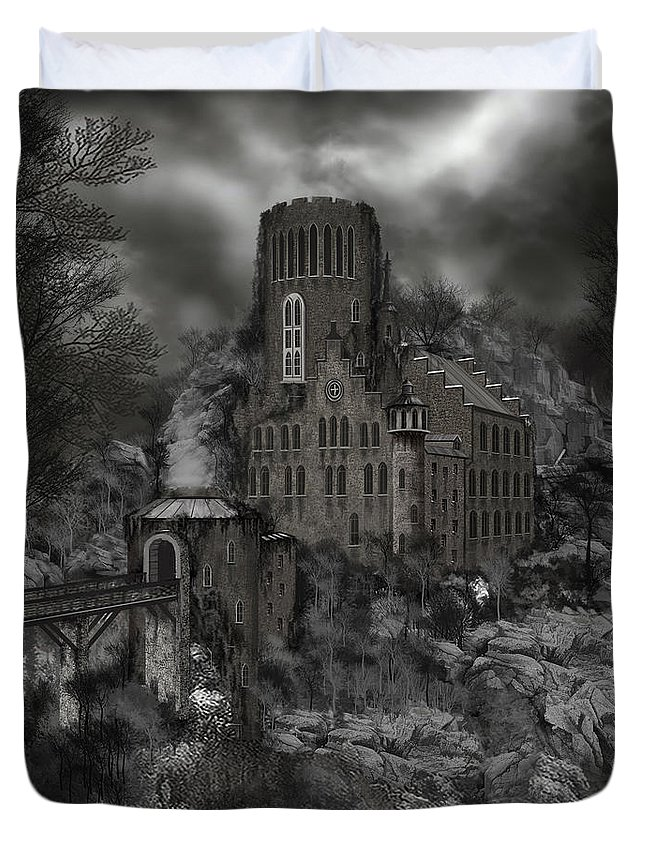 Castle Duvet Cover featuring the painting Casa Los Diavla by James Christopher Hill