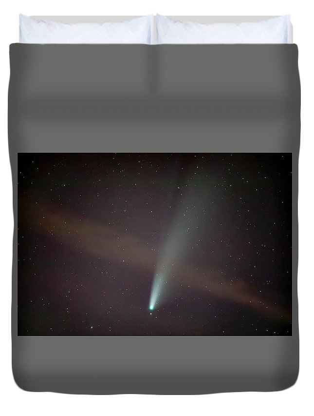 Comet Duvet Cover featuring the photograph Comet Neowise by Nunzio Mannino