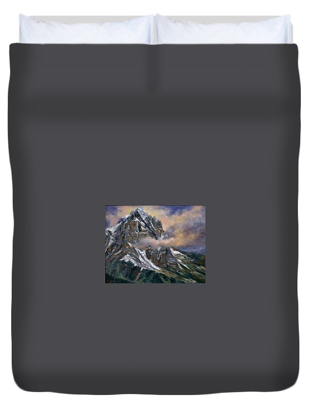 Landscape Duvet Cover featuring the painting Daddy Teton by Jim Gola