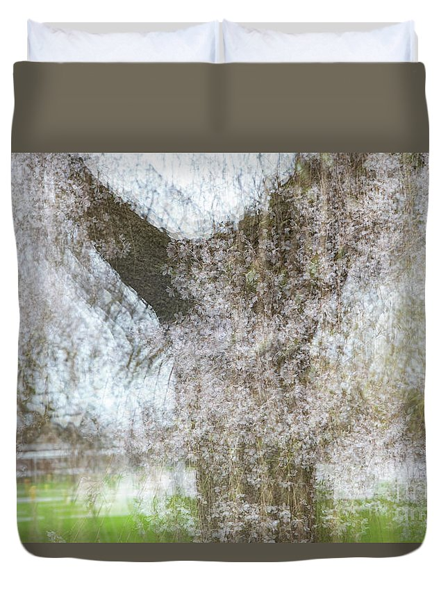 Lossoms Duvet Cover featuring the photograph Dressed in Spring by Marilyn Cornwell