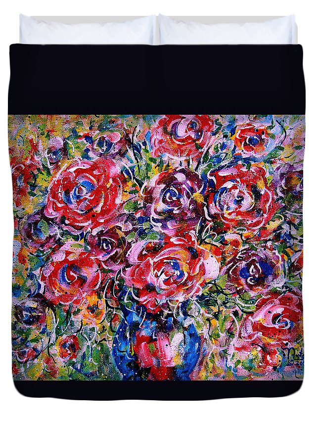 Flowers Duvet Cover featuring the painting Happy Expressions by Natalie Holland