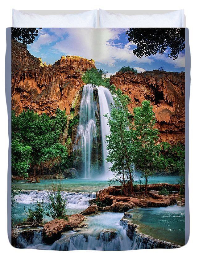 America Duvet Cover featuring the photograph Havasu Cascades by Inge Johnsson