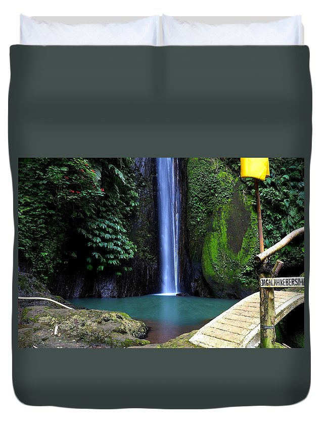 Waterfall Duvet Cover featuring the digital art Lonely waterfall by Worldvibes1