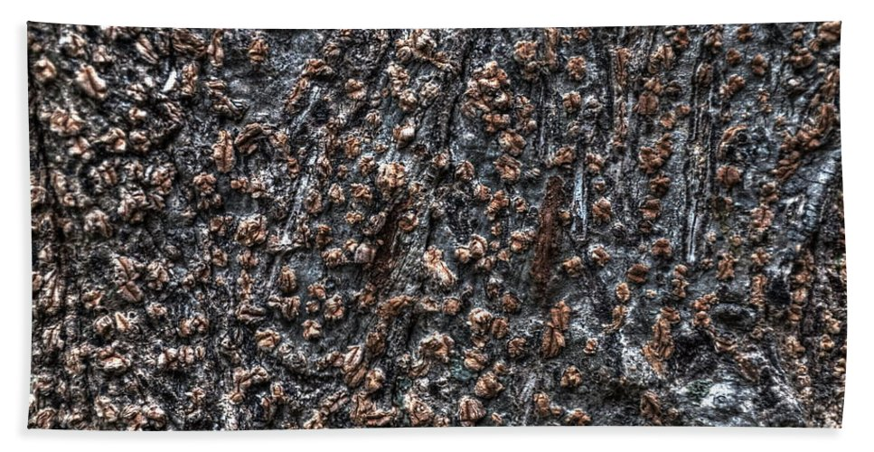 Michelle Meenawong Bath Sheet featuring the photograph Bark by Michelle Meenawong