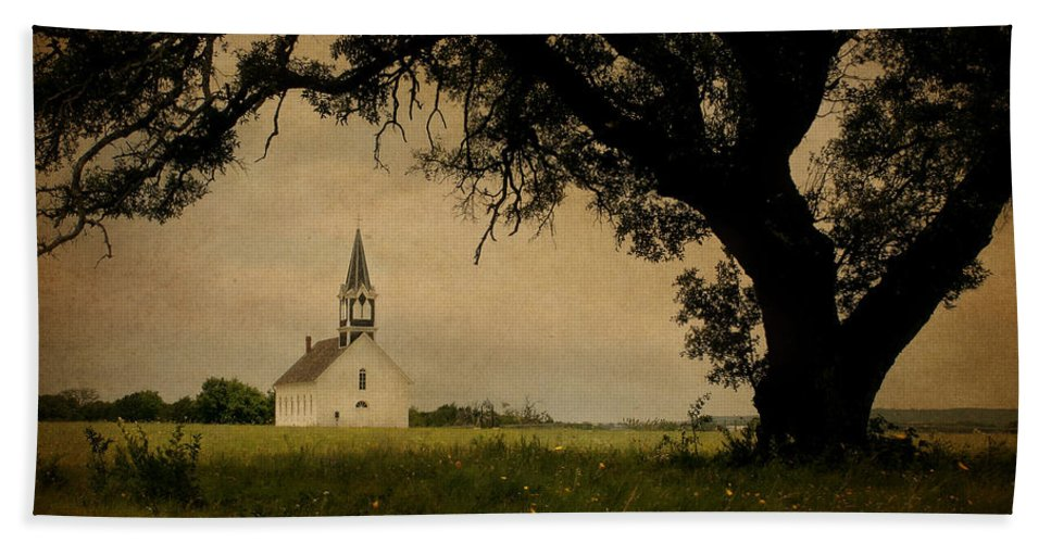 Building Hand Towel featuring the photograph Church On The Plain by David and Carol Kelly