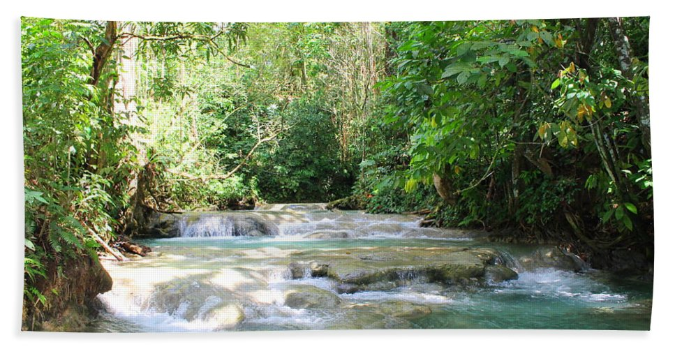 Mayfield Falls Bath Towel featuring the photograph Mayfield Falls Jamaica by Debbie Levene