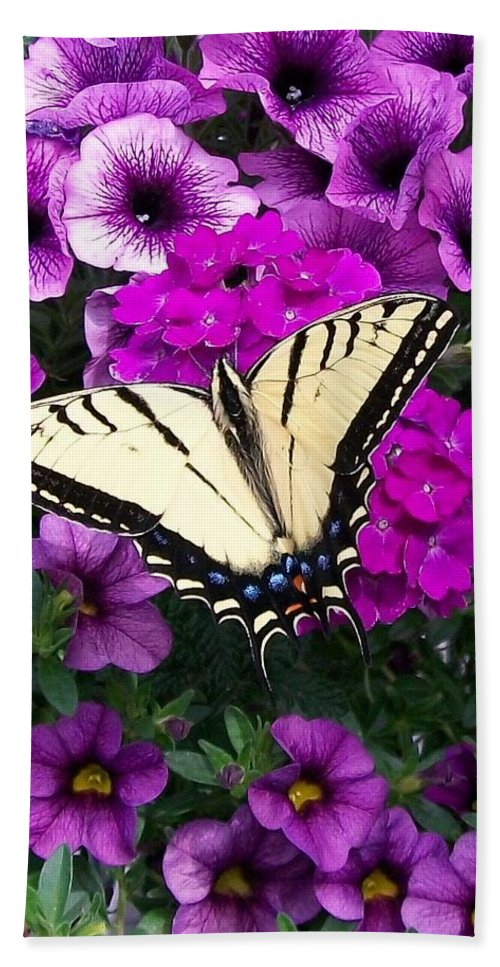 Flowers Bath Sheet featuring the painting  Tiger Swallowtail Butterfly by Sharon Duguay