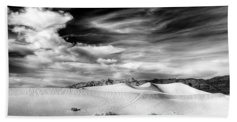 Death Hand Towel featuring the photograph 0293 Death Valley Sand Dunes by Steve Sturgill