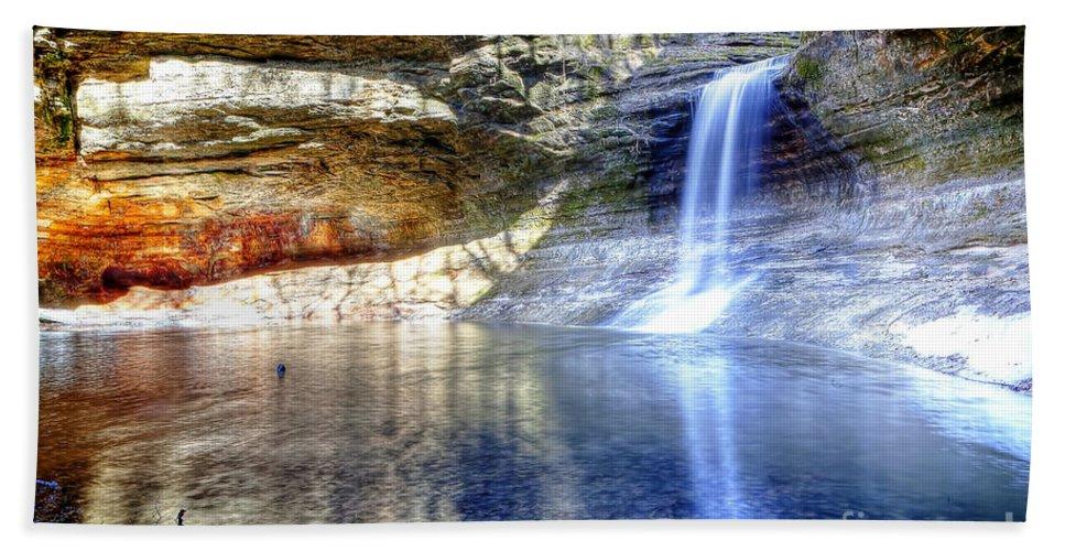 Cascade Bath Sheet featuring the photograph 0943 Cascade Falls - Matthiessen State Park by Steve Sturgill