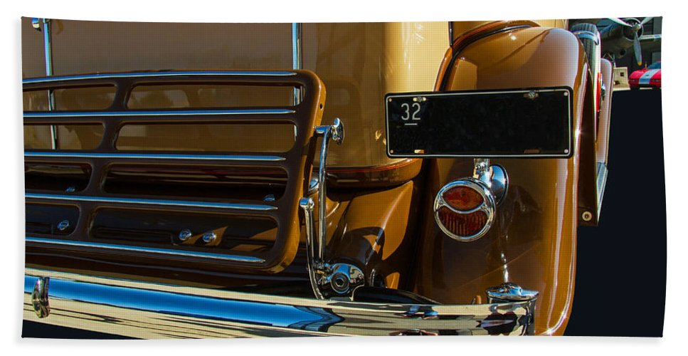 1932 Hand Towel featuring the photograph 1932 Buick Sedan by Nick Gray