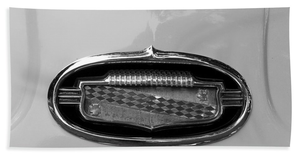 1952 Buick Eight Photographs Bath Sheet featuring the photograph 1952 Buick Eight Emblem by Brooke Roby