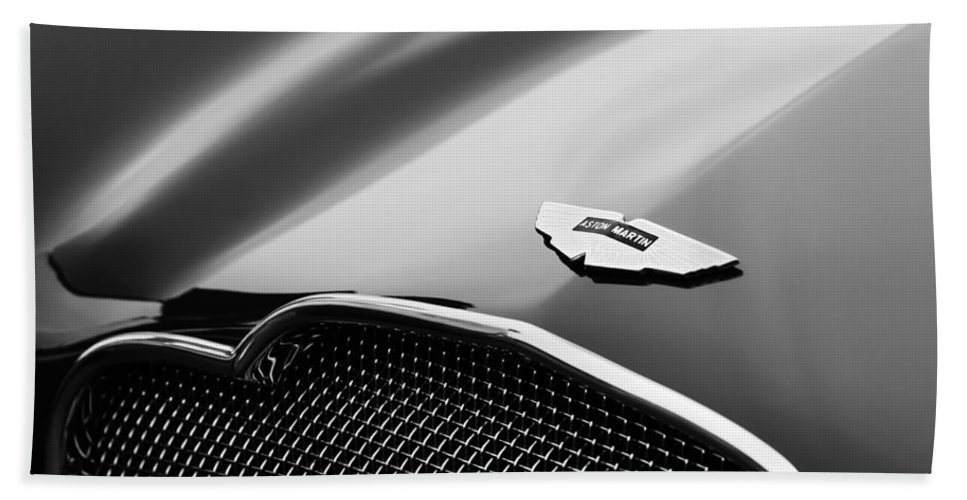 1953 Aston Martin Db2-4 Bertone Roadster Hood Emblem Bath Towel featuring the photograph 1953 Aston Martin Db2-4 Bertone Roadster Hood Emblem by Jill Reger