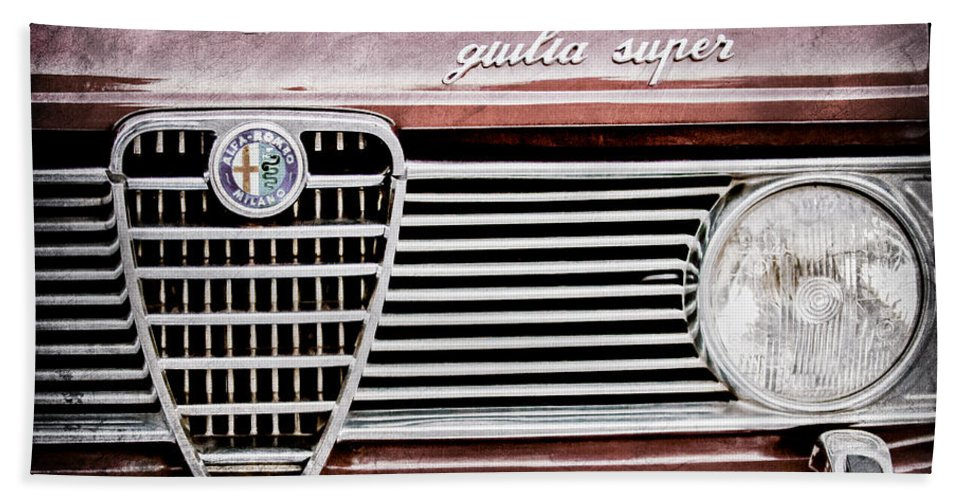 Alfa-romeo Guilia Super Grille Emblem Hand Towel featuring the photograph Alfa-romeo Guilia Super Grille Emblem by Jill Reger