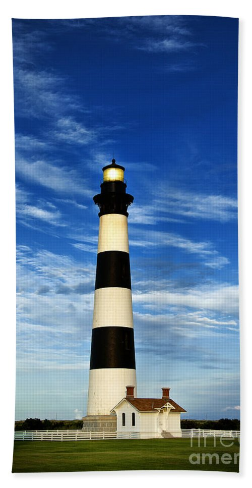 Bodie Island Bath Sheet featuring the photograph Bodie Island Lighthouse by John Greim