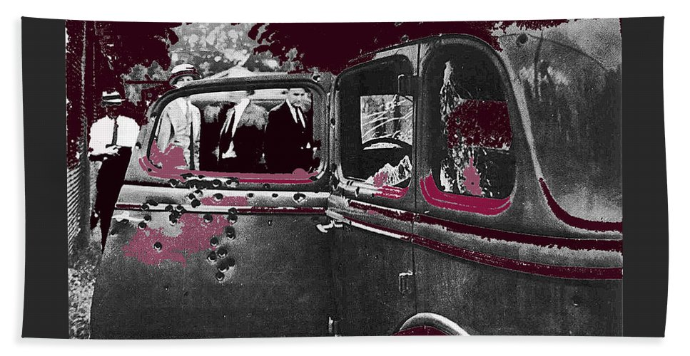 Bonnie And Clyde Death Car South Of Gibsland Toward Sailes Louisiana May 23 1933-2013 Bath Sheet featuring the photograph Bonnie And Clyde Death Car South Of Gibsland Toward Sailes Louisiana May 23 1933-2013 by David Lee Guss