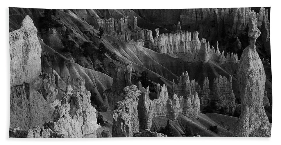 Adventure Bath Sheet featuring the photograph Bryce Canyon 20 by Ingrid Smith-Johnsen