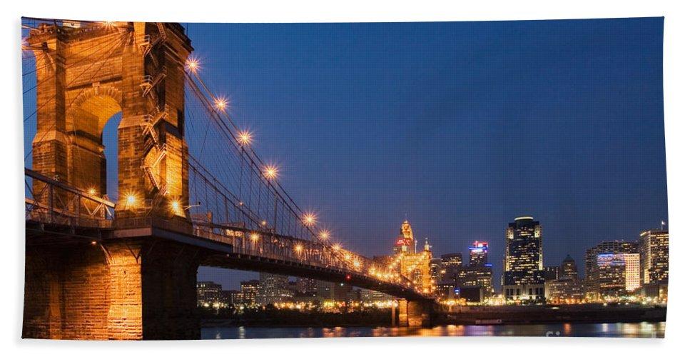 Cincinnati Bath Sheet featuring the photograph Cincinnati, Ohio by David Davis
