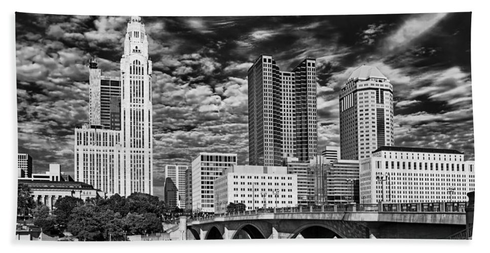 Columbus Hand Towel featuring the photograph Columbus Ohio Skyline by Mountain Dreams