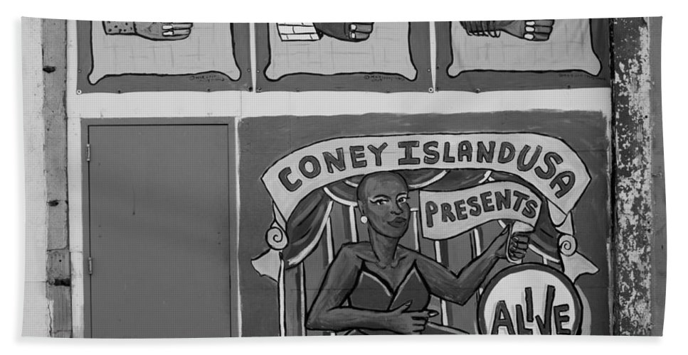 Brooklyn Bath Sheet featuring the photograph Coney Island Alive In Black And White by Rob Hans