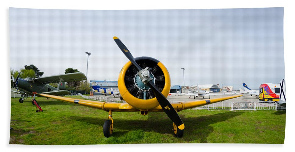 Cuatro Hand Towel featuring the photograph North American T-6 Texan by Pablo Lopez
