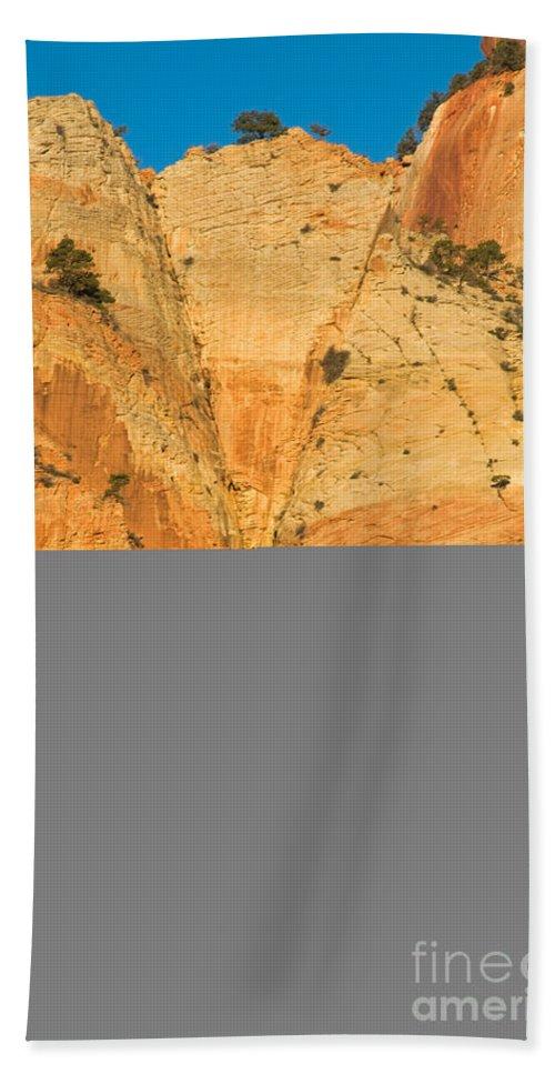 Autumn Bath Sheet featuring the photograph Dawn At Bridge Mountain by Fred Stearns