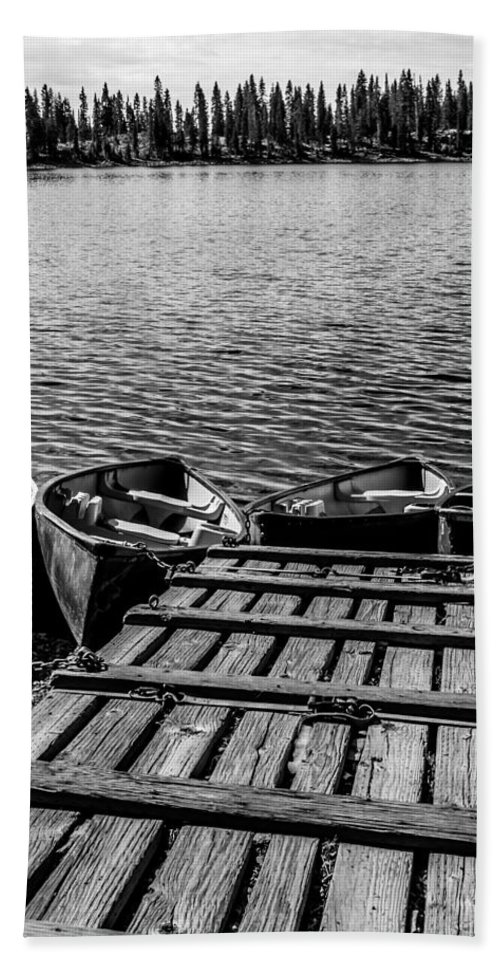 Dock Bath Sheet featuring the photograph Dock At Island Lake by Jeff Stoddart
