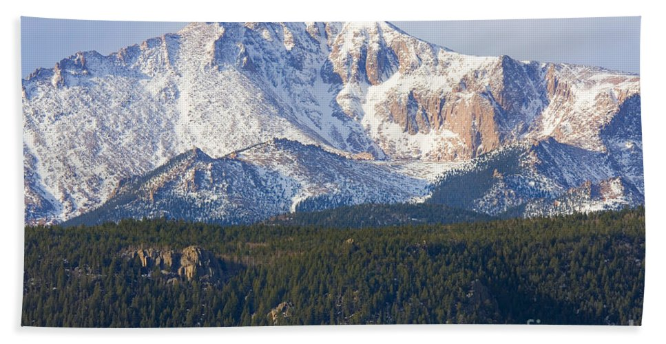 Pikes Peak Hand Towel featuring the photograph Easter Peak by Steve Krull