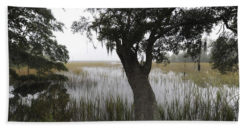 Fog Hand Towel featuring the photograph Fog On The Water by Dale Powell