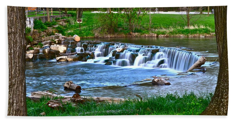 Falls Hand Towel featuring the photograph Framed Falls by Frozen in Time Fine Art Photography
