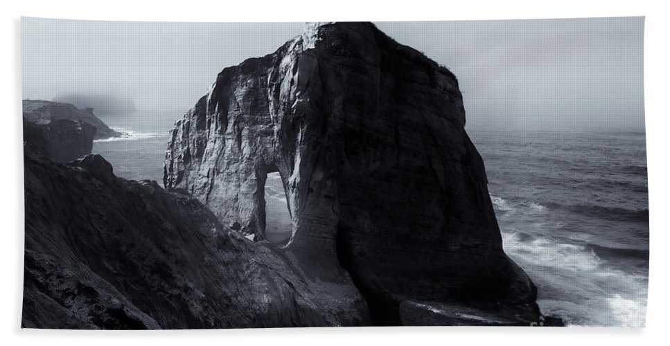 Cape Kiwanda Bath Sheet featuring the photograph Kiwanda Mist by Mike Dawson