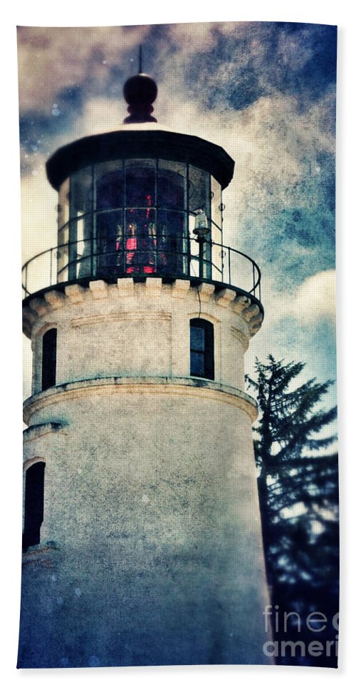 Light Bath Sheet featuring the photograph Lighthouse by Jill Battaglia