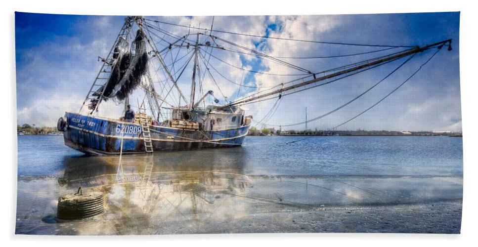 Boats Bath Sheet featuring the photograph Low Tide by Debra and Dave Vanderlaan