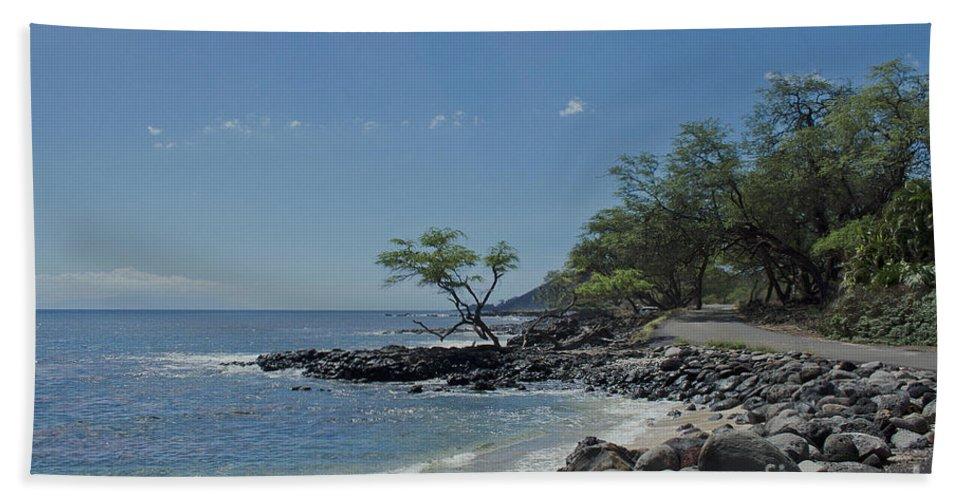Aloha Bath Sheet featuring the photograph Makena by Sharon Mau
