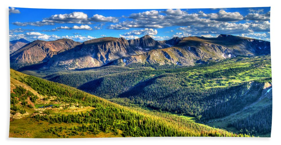 Colorado Hand Towel featuring the photograph Mountain View by Scott Mahon