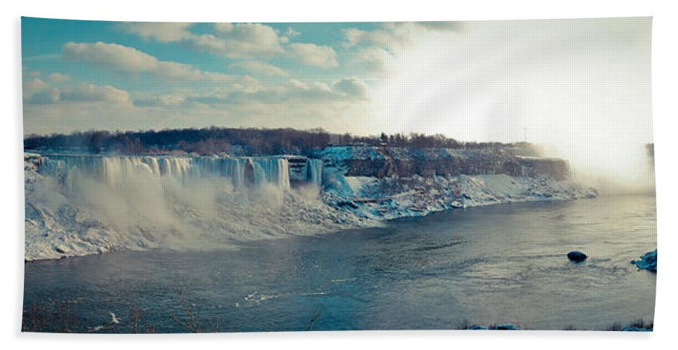 Panorama Hand Towel featuring the photograph Panorama - Niagara Falls In Winter by Les Lorek