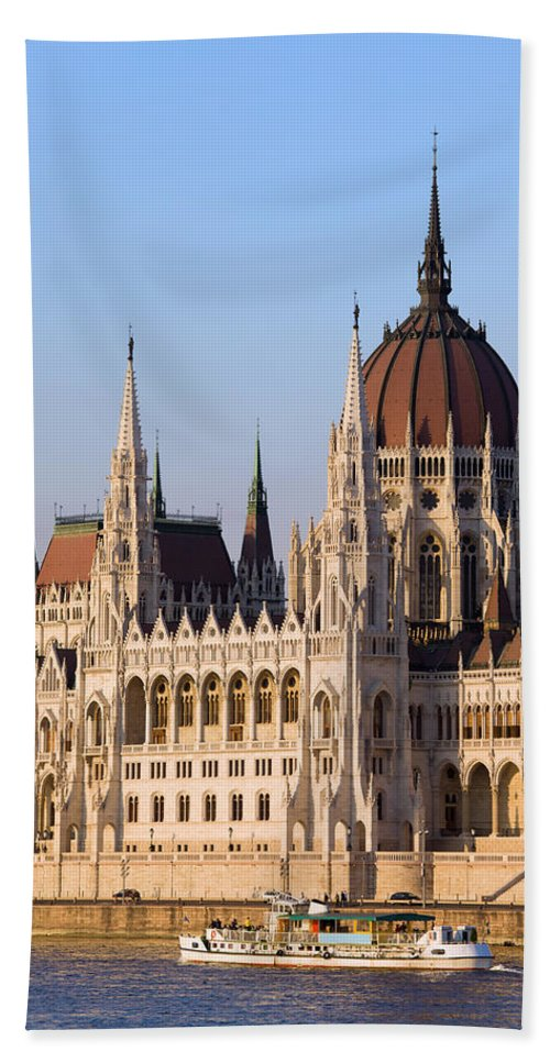 Architectural Bath Sheet featuring the photograph Parliament Building In Budapest by Artur Bogacki