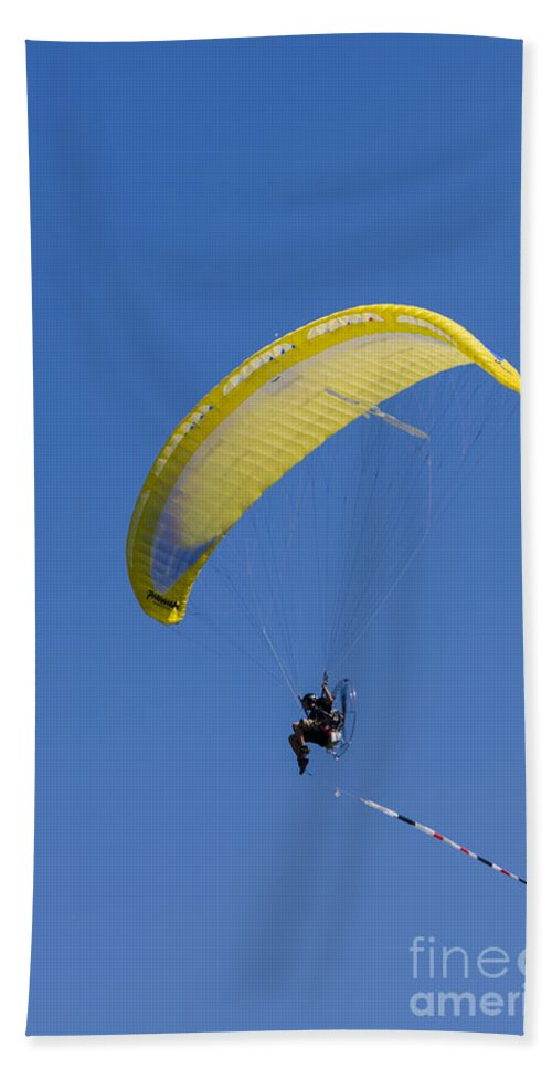 Transport Bath Sheet featuring the photograph Powered Paraglider by Brian Roscorla