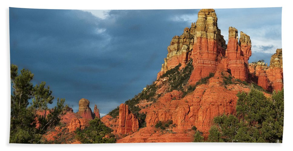 Sedona Bath Sheet featuring the photograph Red Hills 4 by Larry White