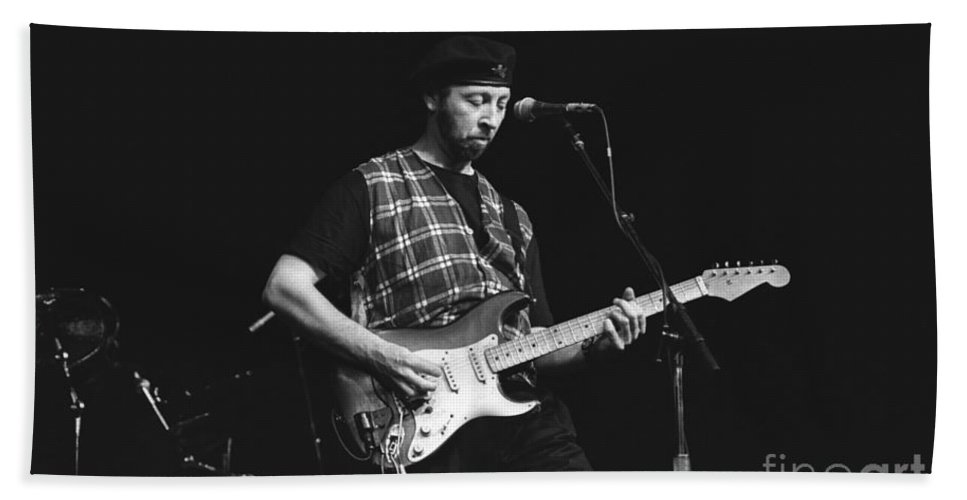 Singer Hand Towel featuring the photograph Musician Richard Thompson by Concert Photos